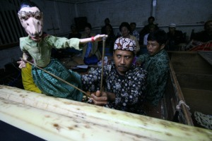 'Dalang' (A puppet master)  in action.....